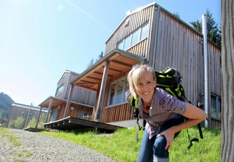 These newly built chalets (2006) are situated in Präbichl, in Styria, in the midst of unspoilt nature. Here you have breathtaking panoramic views of the surrounding mountains. You will find these modern chalets (with terrace) in a sunny location, rig...