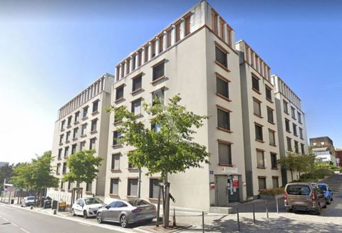 STUDENT RESIDENCE GEREE STUDEA LMNP PROFITABILITY 4.60% Studio of 18.19 m² of living space, including an entrance, a living room, a kitchenette, a bathroom with a W.C. Additional information Commercial lease with a firm duration of 9 years, with effe...