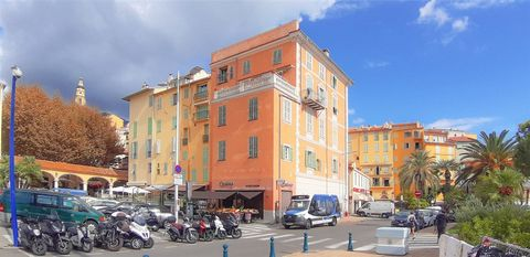 Business for sale in the touristical and historical district of Menton, opposite the market hall and a few meters from Les Sablettes beach. The restaurant has been awarded in traditional and regional catering category by Gault & Millau. Property incl...