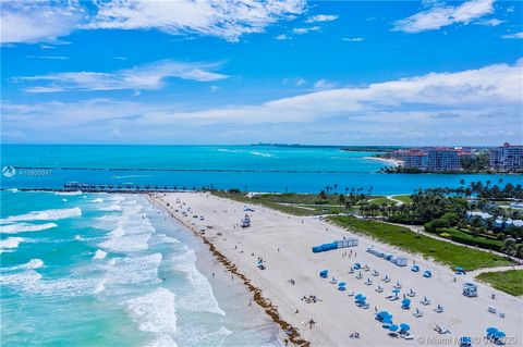 AMAZING INVESTMENT OPPORTUNITY! One of the most affordable oceanfront condos in South Beach! Legal short term rental (building and city) and Airbnb approved. Ocean front building with direct access to 3rd Street beach! HOA fees only $300! The unit ca...