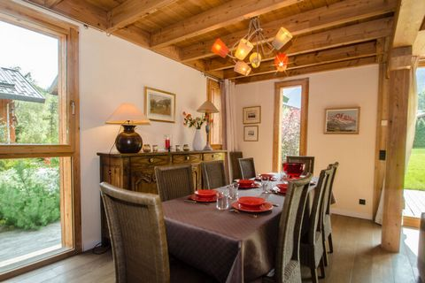 Experience stunning views of Mont Blanc chain in this chalet in the Rhone Alpes with Alpine-style interiors. The property has 6 bedrooms, ideal for a large group of 12 or many families. Located at more than 1000 m altitudes at the foot of the roof of...