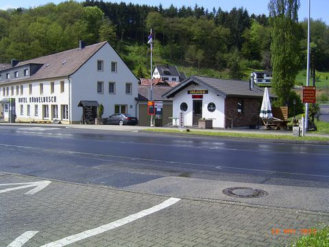 This group accommodation, completely renovated in 2011/2012, is situated in the middle of the Hohes Venn-Eifel nature park, a high moorland and heathland landscape that was created 7500 years ago at the end of the last ice age. A great environment wi...