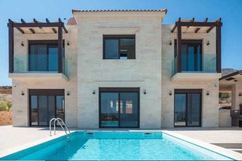 The complex of two two-storeystone houses with pools on total plot area 7613 sq². The villas have been specifically designed for maximum comfort on your holidays or even for a living all year round. The villas have exactly the same floor plans with (...