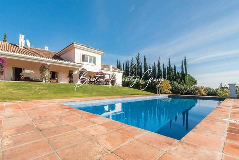 Situated on the prestigious Sotogrande Resort, Villa La Ladera is a modern retreat within close distance to the fantastic resort amenities. On the ground floor you will find a fully equipped kitchen with a spacious dining room next door. This area is...