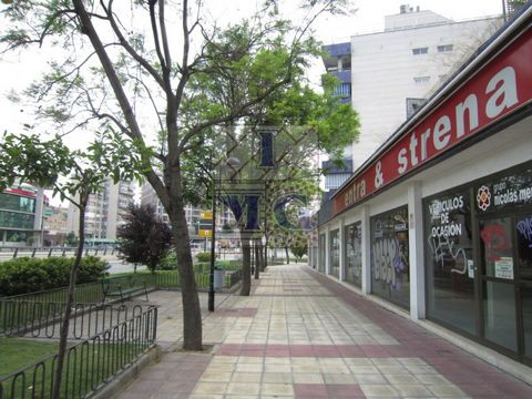 Commercial space with more than 100 meters from main road frontage with glass, ideal for exhibitions, you can rent in phases. #ref:0813