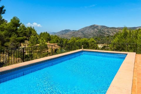 This generously proportioned family villa for sale in Lliber, Jalon Valley was constructed in 2006 to a high standard and is fully wheelchair friendly throughout. An impressive five bedroom, four bathroom property on a private plot, just a short dist...