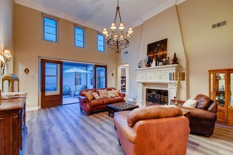 Incredibly rare opportunity within Stonebridge Estates! This exquisite single-level home was built for the entertainer or celebrity chef within! This house was meant to create good conversation for friends and family to entertain and create those lif...