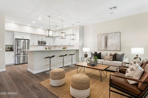 Luxury 3 bed/2 bath townhome newly renovated in August 2021! Renovations professionally designed by Forte Luxury Home Renovations. Located in the high end, luxury community of Encore at Grayhawk. This unit has it all! Brand new A/C unit & water heate...