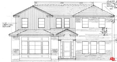 ATTENTION home builders, brokers, investors and Pacific Palisades residents! We have an existing Via Bluffs home for sale with a Clark Remington-designed new construction home currently in LADBS Plan Check. Remodel the existing home or build new with...