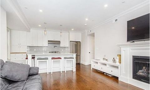 First resale of this boutique luxury building just minutes from Broadway Village. This home features shaker cabinets, bertazzoni range, and calcutta marble through-out this turnkey home. Heated garage parking is included at this price and can close q...