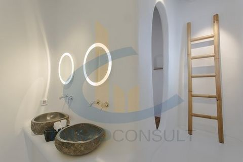 The villa is situaded in the island of Mykonos in the region og Elia beach.Designed by the awarded studio, villa of 340sq consists of 7 spacious bedrooms with en-suite bathrooms plus 1 guest restroom, and accomadates in total 13-14 guests.It has an a...