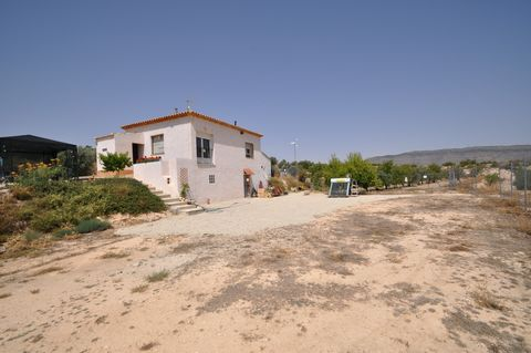 This villa is located in the countryside just two kilometres from the popular town of caudate. Set on 12000m2 plot this property is perfect for someone wanting a project when moving to Spain.The villa consists of two bedrooms, family bathroom, open p...