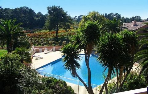 Residence Regence Park is located 2.8 km from Le Pradet, a Provençal village in the Var region 250 m from the port, from the pebble beach Oursinières and 300 m from the small creeks (access via stairs, not possible for the disabled) . The Residence R...