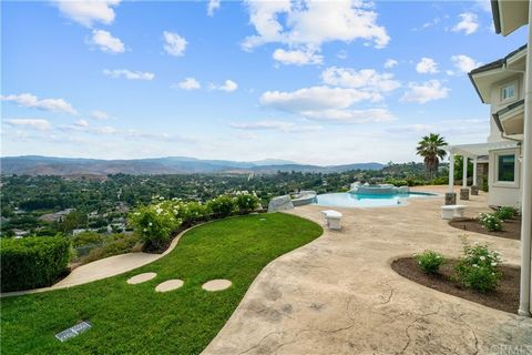 Words cannot begin to describe the jaw-dropping, panoramic views from every angle of this absolutely stunning estate. Perched at the top of a hill with nothing but open sky beyond, you will be struck by the utter magnificence bestowed upon you at eve...
