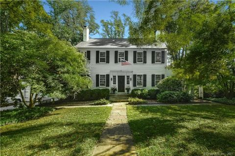 One of the original in town estates, this classic 1910 center hall colonial has the gracious proportions of its time with 9ft+ ceilings, plaster walls, 12 over 12 windows, elegant archways and bridal staircase. There are 4 fireplaces, large open room...