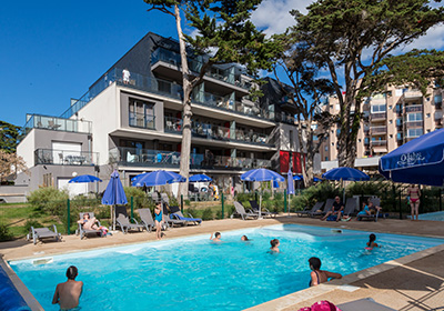 Pornichet, seaside resort, ideally located on the Bay of La Baule, with a coastline of more than 7 km, offers three sandy beaches for families as well as for fishermen: Libraires beach, Sainte Marguerite beach, Bonne Source beach. The two ports of Po...