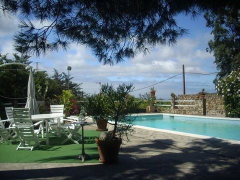 REDUCED: from 798.500 to now ONLY 650.000 Euros! Villa near to Tarifa, with sep. guest house plus guest apartment to rent out, on a huge fully fenced plot of 6.550 m2 with mature garden, enjoying great sea views over the straight to the sea and Afric...
