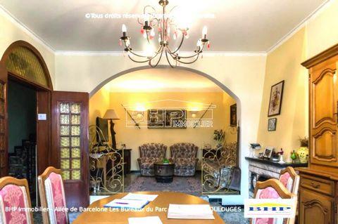 Baho belle maison 2 faces de 157 m2 habitables environ avec 4 chambres dont une RDC. Un séjour avec cuisine américaine, salle d'eau, nombreux rangements, cuisine d' été avec véranda et buanderie,terrasse ensoleillée. Vous pourrez également profiter d...