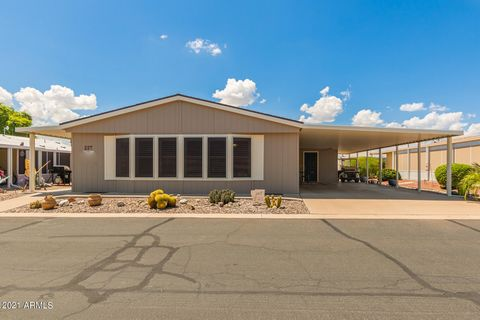 Take a look at this beautifully, remodeled, furnished 2 bed/2 bath home located in the desirable community of Rancho Mirage 55+! Inside you'll be greeted by a flowing, open floor plan that makes the home feel spacious & comfortable. Vaulted ceilings,...
