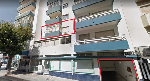 1 bedroom apartment in downtown Portimão, next to the Municipal Market of Portimão.Consists of 1 bedroom, 1 living room, 1 kitchen, 1 sunroom and 1 bathroom recently refurbished. 5 minutes from Praia da Rocha.Oportunidade, contact me and all the like...