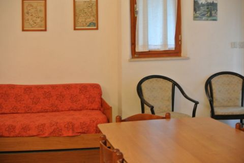 Single house in a quiet position, near the centre of Lignano Riviera, with private and enclosed garden. The Villa has a living room with double sofa bed, separated kitchenette, double bedroom, bedroom with two separated beds, single bedroom, bathroom...