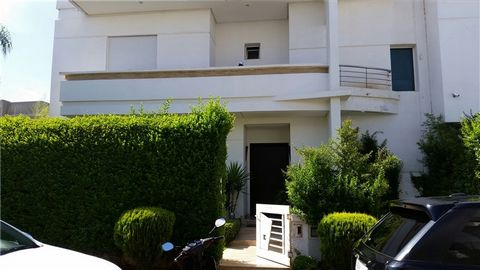 luxury villa 250m2 on a plot of 378m2 immouzer road near kaoutar clinical. the villa has a garage,garden and a pool.