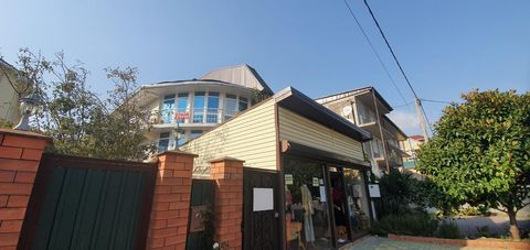 Номер объекта: 38481 Продажа без комиссий и %. Продается готовый бизнес на самой престижной улице в Лазаревской. Общая площадь 270м2, с проектировкой 4 этажа 340м2 .Гостевой дом в отличном состоянии, 24 оборудованных комнат со своими удобствами в...