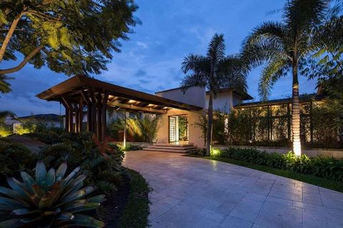 Extraordinary one single-level house in La Hacienda Gated Community, Santa Ana. Big social area with living room, wine cellar, dining room with BBQ area and bar, guest toilet, big garden with a seating area, swimming pool, toilet for the pool area, l...