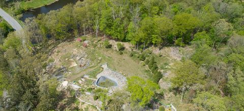 Now's your chance!! Build your forever home in sought-after Windmill Farm. This beautiful and serene building lot sits across from North Lake and includes ownership in a portion of Epstein Pond. This fantastic lot includes a LAKEFRONT parcel, which i...