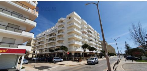 1 bedroom apartment located in Monte Gordo on the 1st Beach Line just 200m from the beach. Property for Rent from October to May with interruption in summer for 650 € with expenses included up to 100 € paid by Owner. Consisting of 1 bedroom, 1 bathro...