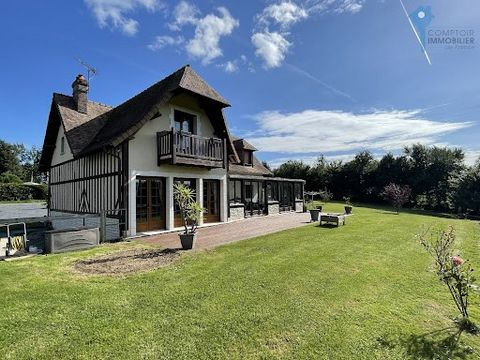 In a privileged area, close to Honfleur and Pont l'eveque, access to A13 to Paris (1h30) for sale very beautiful property in Norman style, with a panoramic terrace of 50m², veranda of 36m², half-timbered facade, flat tiled roof from Bavent. On the gr...