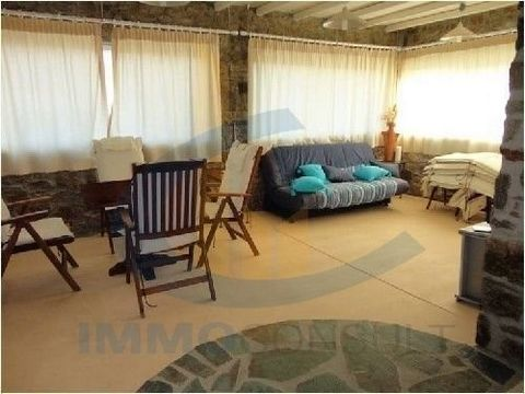 The property has 6 bedrooms, 3 bathrooms and one wc, living room, dining room, terraces, air condition, pool 200sqm, parking and barbecue. Located in a complex 10 residential close to the most popular beaches.