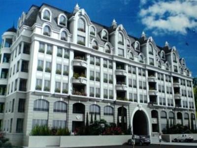 Продается 1-комнатная квартира в Анапе по улице Таманской. 2/9-этажного многоквартирного дома. Площадь: 52/21/16 кв. метров. Элитное место. Панорамный вид на Черное море и Кавказские горы (с высоты 50 метров). Район