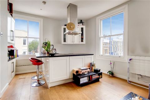 Nice and bright second floor apartment with a double bedroom located on the corner of Lancaster Road and the lively Portobello Road. The property has a cozy living room with open kitchen and two windows, wooden floors and bathroom with shower. Locate...
