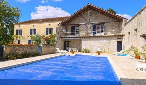 Five minutes from Nérac (47600) and 15 minutes from Condom (32100), this restored old farmhouse is located on a 1ha plot with no neighbours close by. It is north facing with large outbuildings, a cellar, a well and a pretty swimming pool. The propert...