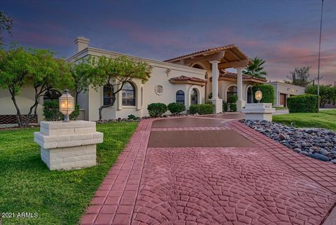 Golf Course, Desert Canyon & Mountain views GALORE!!! This stunning resort-style Santa Barbara home was designed for entertaining. Double door entry opens to regal vaulted ceilings & pillar arches. 4 bedrooms & 3.5 baths including the casita. Beautif...