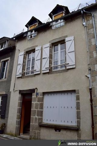Mandate N°FRP135315 : House approximately 91 m2 including 5 room(s) - 3 bed-rooms - Cour * : 14 m2. - Equipement annex : Cour *, double vitrage, - chauffage : fioul - MAKE AN OFFER - Class Energy E : 250 kWh.m2.year - More information is avaible upon...