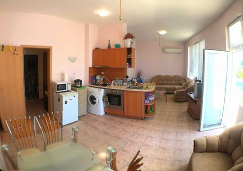 Burgas. Furnished 1 Bedroom apartment in Sveti Vlas, Without maintenance fee IBG Real Estates offers furnished One Bedroom apartment for sale in Sveti Vlas and 600 meters from the beach. The apartment is located on the ground floor in a Residential b...