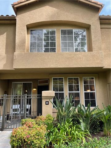 PRIVATE TOWNHOME. NO ONE ABOVE OR BELOW YOU.. This charming 2 bedrooms, 2.5 baths home is located in one of the best locations in the development. Views of the lush greenbelt. Gated patio with seating area for those California Evenings. Light and bri...