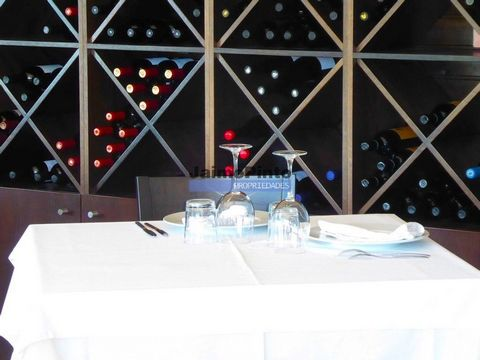 Sociedade hoteleira com 10 quartos e restaurante vista Douro. Portugal, Porto, Gondomar. Vende-se Sociedade em plena atividade com hotel de 10 quartos e restaurante. A cerca de 20km do Porto, próximo do rio Douro, em região de encanto, sossego, perto...