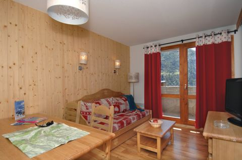 Located at an altitude of 1800 meters, Valmeinier is blessed with a beautiful natural environment with two national parks nearby: that of Ecrins and Vanoise. The holiday homes of the ideal snow and sun-drenched resort of Valmeinier 1800 are spread ou...
