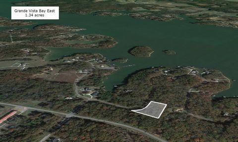 Located in Rockwood. Are you looking for a peaceful and tranquil lot to build your new home on? This beautiful 1.34 acre lot is perfect for just that. Located within the gated community of Grande Vista Bay East. This amazing lot has picturesque views...