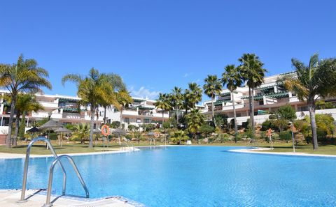 * Nueva Andalucia, Marbella. Lorcrimar .within walking distance to Puerto Banus, ground floor apartment, 2 bedrooms, 2 bathrooms, with living/dining area, large west facing terrace (sunny in the afternoon) The apartment features a fully fitted kitche...