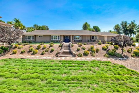 Gorgeous single story pool home in the highly distinguished neighborhood of Meadowview! This ranch style home boasts 2458 sq. ft. of comfortable & peaceful living space w/ 4 bedrooms, a BONUS ROOM - could be a 5th BEDROOM, a 300 sq. ft. DETACHED UNIT...