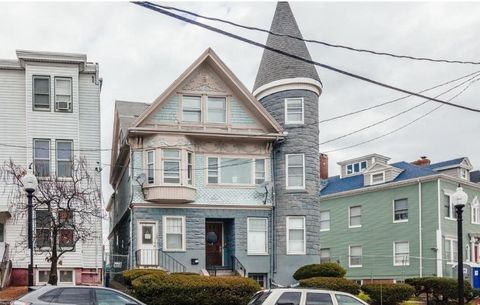 Beautiful 3-Family on Eagle Hill in East Boston! High ceilings, large windows, hardwood floors, newer kitchens / bathrooms, updated electrical / plumbing, two upgraded gas heating systems.Top floor unit has a gorgeous view of the Boston skyline and M...