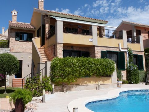 """Superb 3 Bedroom House For Sale in Calle Almoradi Spain Euroresales Property ID- 9825826 Property Information: Here we have an AMAZING OPPORTUNITY to purchase a BEAUTIFUL """"DENIA"""" style DETACHED VILLA on one of the most sought after locations on La Fi..."""