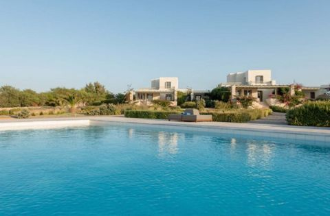 3-storey house with a total area of 220 m2 On a plot of 1000 m2 is located in northern Paros Island. It consists of 3 bedrooms, 3 bathrooms, living room, dining room, kitchen. Landscaped garden, BBQ, private pool and parking for 2 vehicles Easy acc...