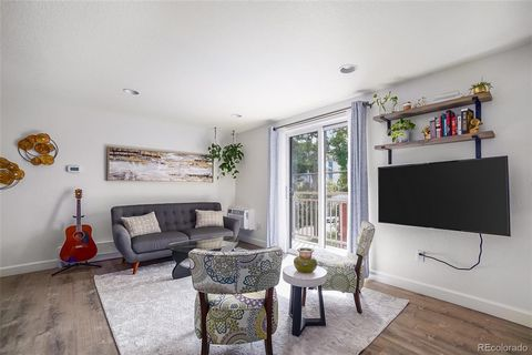Presenting the ultimate walkable West Wash Park neighborhood with an urban chic condo to live in. As you arrive to see your next home at 1 Pearl St, the neighborhood will draw you in immediately with mature trees everywhere; ideally located near Cap ...