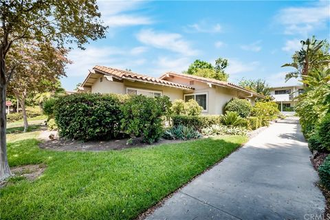 Call John Sturdevant ... https://JohnSturdevant.com Very well located and most desirable bungalow home with 2 bedrooms and 2 restrooms, no stairs, nobody above or below and vaulted ceiling. Peaceful location surrounded by lush landscape and the priva...