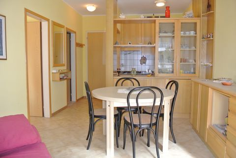 Apartment on the 3rd floor, composed of: living room with kitchenette - 1 double bedroom - 1 bathroom with shower box - large terrace - air conditioning (the use of air conditioning is on request and extra charge) Option booking not available Please ...